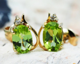 14 K Yellow Gold Peridot & Diamond Earrings - 40 - D E9753 1500