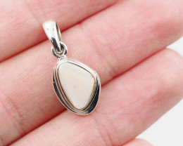 Pink mother pearl in silver Pendant AM 1137