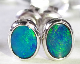 Cute doublet opal earrings set in silver WS590