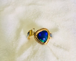 handmade ring yellow gold 18 kt with titanium and opal