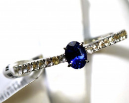 8.6 CTS SAPPHIRE RING BLUE AND WHITE SG-2622
