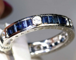 15.65 CTS SAPPHIRE RING BLUE AND WHITE SG-2631