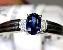 10.45 CTS SAPPHIRE RING BLUE AND WHITE SG-2642