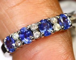 7.6 CTS SAPPHIRE RING BLUE AND WHITE SG-2645