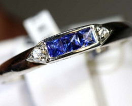 5.85 CTS SAPPHIRE RING BLUE AND WHITE SG-2649