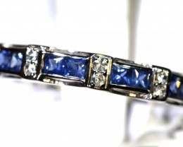 15.65 CTS SAPPHIRE RING BLUE AND WHITE SG-2657
