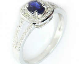 Natural Heated Sapphire Silver Ring With Cubic Zircons