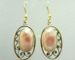 PINK SHELL BRONZE EARRING SHEPPARD HOOK QT 687