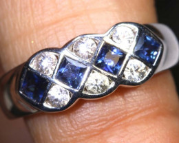 20.65 CTS BLUE AND WHITE SAPPHIRE SILVER RING  SG-2686