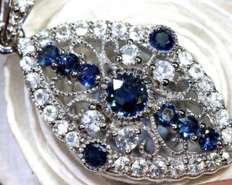 18.55 CTS SAPPHIRE PENDANT BLUE AND WHITE SG-2690