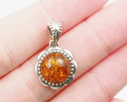 Baltic Amber Sale, Silver Pendant   AM1190