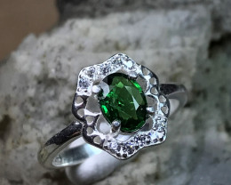 Very Stunning - Tsavorite Garnet Fine Silver Ring