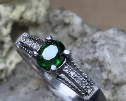 Very Beautiful - Tsavorite Garnet Fine Silver Ring