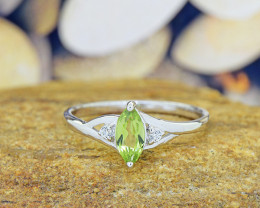 Natural Peridot 925 Sterling Silver Ring  (SSR0546)