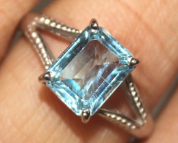 Natural 925 Sterling Silver Topaz Ring Size (US 7.5) 92