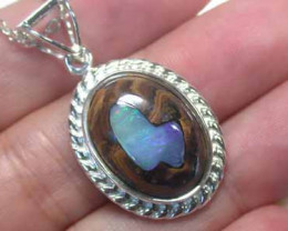 Australian Crystal opal inlaid into silver pendant L2408