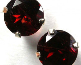 7 x7mm Red Garnet 10K gold earings GTJA 324
