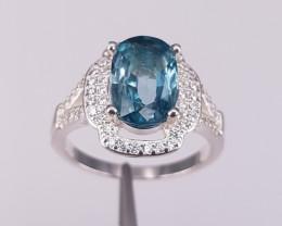 Natural Beautiful Zircons Ring.