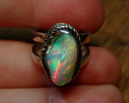 6SZ. BRILLIANT WELO OPAL STERLING RING