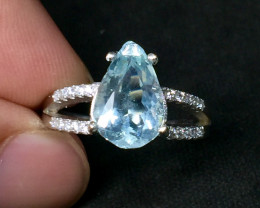 Beautiful Aquamarine 2.70 cts Transparent white Rhodium 925 Sterling silver