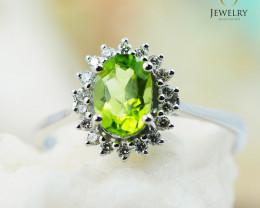10K White Gold NATURAL PERIDOT & DIAMOND RING Size 7 - 79 - E R8885 3650
