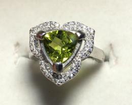 Natural Beautiful Peridot 925 Silver With Cz Ring