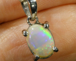 Cute Solid Crystal Opal 18k Gold Pendant SB 776
