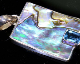 15.10 CTS ABALONE SHELL PENDANT WITH TOPAZ  TBJ-511