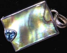 20.3  CTS ABALONE SHELL PENDANT WITH TOPAZ  TBJ-517
