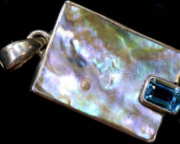 14.6  CTS ABALONE SHELL PENDANT WITH TOPAZ  TBJ-519