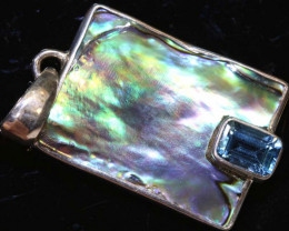16.10  CTS ABALONE SHELL PENDANT WITH TOPAZ  TBJ-520