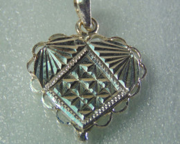 faceted pendent ~ ~ fantasy silver designs 13.30cts