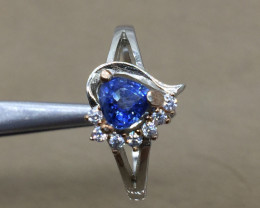 Natural Royal Blue Sapphire 0.70 ct Transparent white Rhodium 925 Sterling