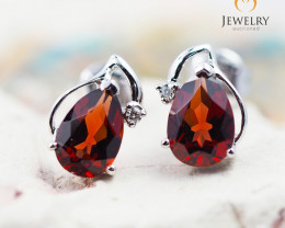 10 KW White Gold Garnet & Diamond Earrings - 47 - E E728 1200