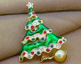 Fun & Festive Christmas Tree Brooch with pearl, enamel & crystal