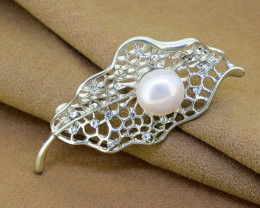 Elegant Filigree Pearl & Crystal Leaf Brooch
