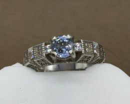 0.90 cts light Blue sapphire 925 Sterling white rhodium silver ring