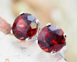 10 KW White Gold Garnet Earrings - 57 - E E4046 1150