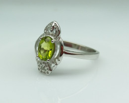 PERIDOT NATURAL STONE WITH  925 SILVER RING C#5