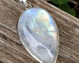 Rainbow Moonstone Pendant 925 Silvers