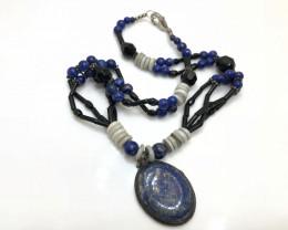 248 Crt Natural Black Onyx & Lapis Lazuli Beads Necklace