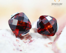 14K White Gold Garnet Earrings - 88 - E E2420 1400