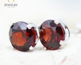 14K White Gold Garnet Earrings - 103 - E E4046 1550