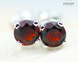14K White Gold Garnet Earrings - 108 - E E4046 1100
