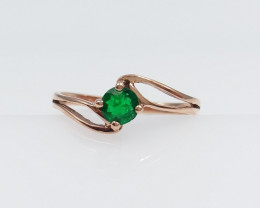 ROSE GOLD RING WITH TOP CLASS EMERALD STONE G#19