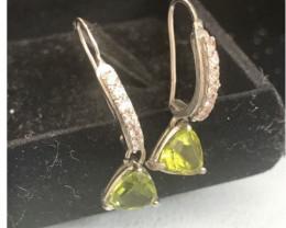 Peridot& Silver Earring
