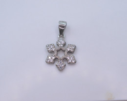 1.28 GM NATURAL WHITE ZIRCON NECKLACE WITH SILVER T