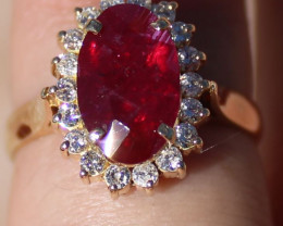 GIA Certified Longido Ruby 2.38ct Untreated Natural Diamonds Solid 18K Yell