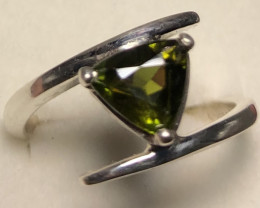 Natural Green Sphene Hand Made 925 Silver Ring