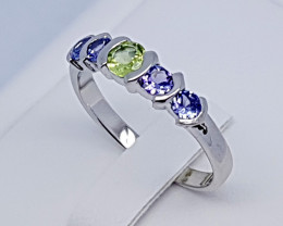 Natural Blue Tanzanian Tanzanite And Peridot 925 Silver Ring (JE68)